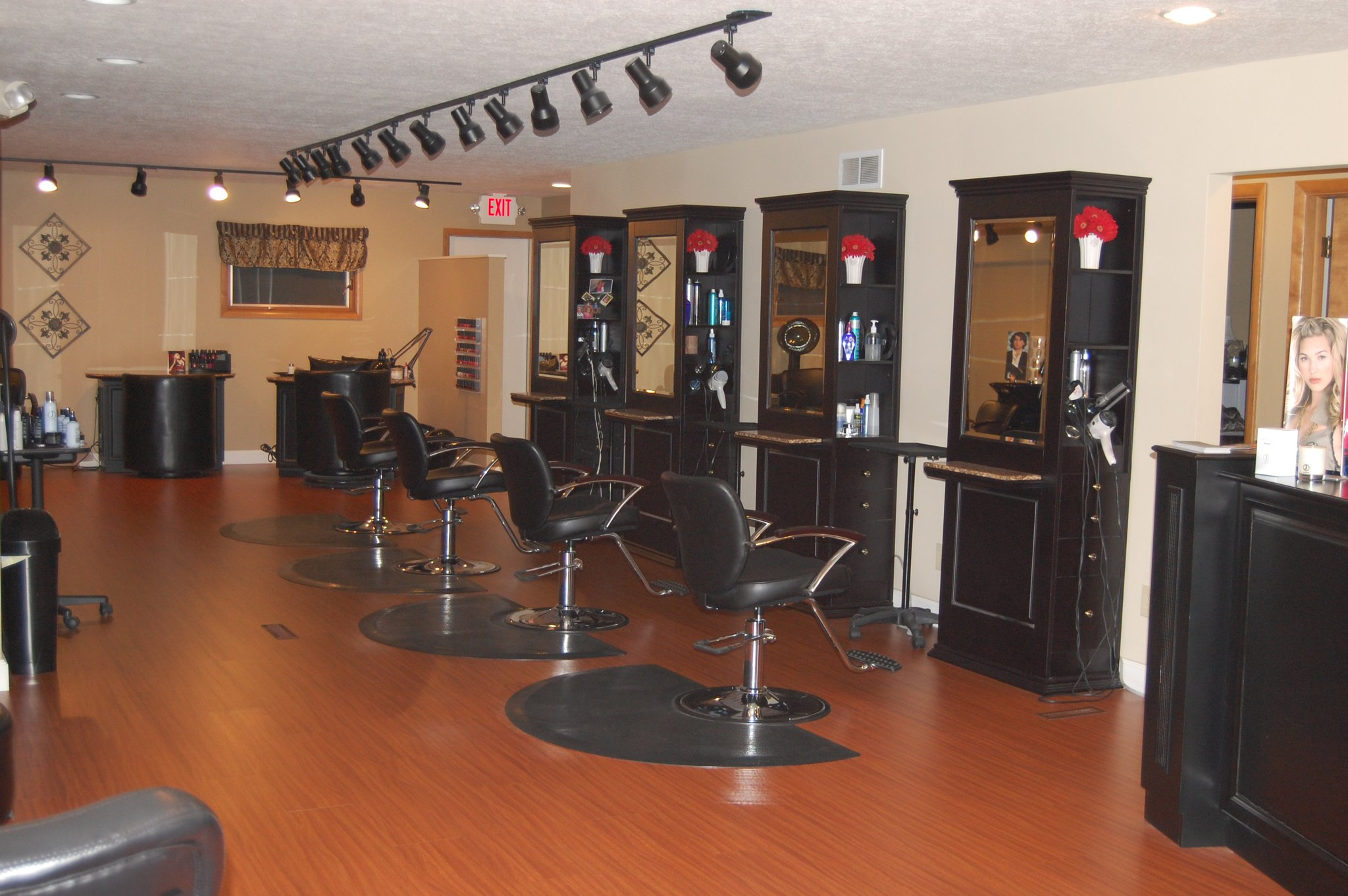 Studio on park hair salon visit grove city for A salon of studio city