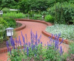 Spring Fun at the Gardens at Gantz Park