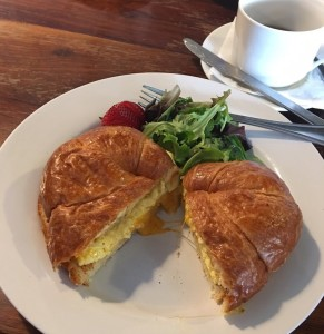 O&A egg and cheese croissant_cropped